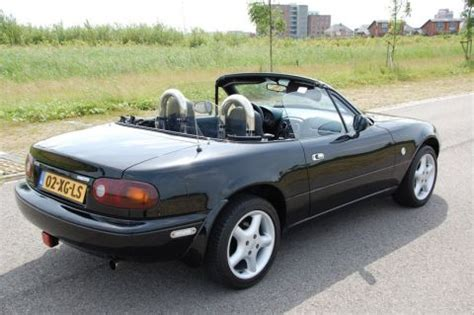 how to work on cars 1995 mazda mx 6 parking system mazda mx 5 1 6i 1995 gebruikerservaring autoreviews autoweek nl