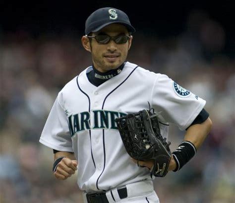 How Many Hits Does Ichiro Suzuki Ichiro Suzuki What Happened In 2011 To The Mariners