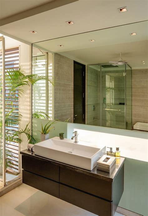 modern bathroom com gallery of the overhang house dada partners 24