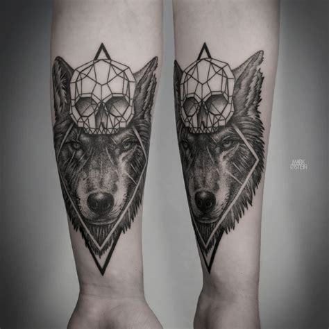 geometric wolf tattoo geometric tattoos by ostein tattoos