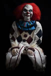 haunted doll halloween costume 25 best ideas about evil clowns on pinterest scary