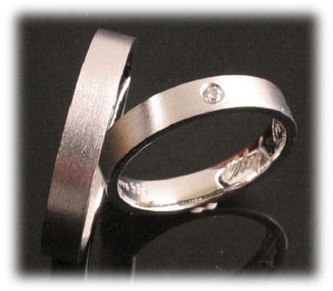 Platin Eheringe G Nstig by Trauringe Eheringe Im363 Wei 223 Gold Oder Platin 1 Diamant
