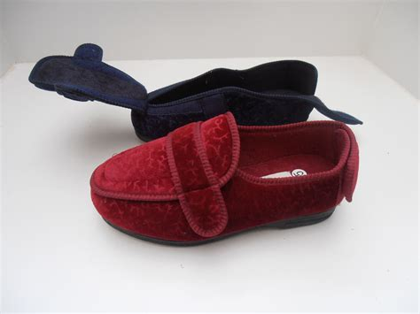 womens size 13 house slippers womens size 13 house slippers 28 images womens bedroom slippers size 11 28 images