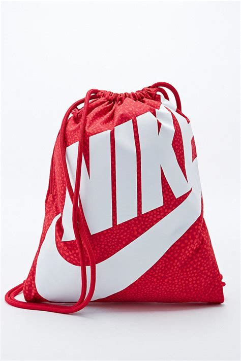 nike drawstring bag in from outfitters