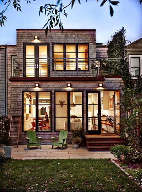 Contemporary House Siding Back Facade With White Cedar Shingles Contemporary