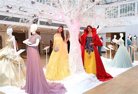 House Designer Online by Disney Princess Dresses By Valentino Oscar De La Renta