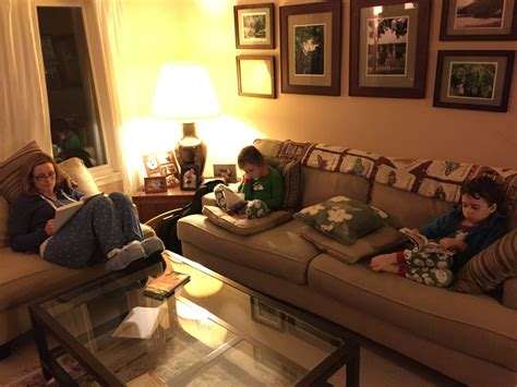 reading for living room new tradition family reading time iachieve learning