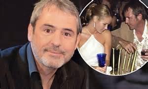 Affair Amanda 1 neil morrissey offers apology to les dennis for amanda
