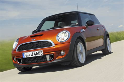 2010 Mini Cooper S Reviews by 2010 Mini Cooper S Hatchback Review Evo