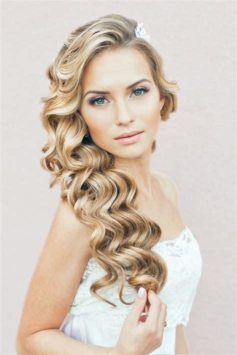 elegant hairstyles to the side long curly trendy hairs for wedding hairzstyle com