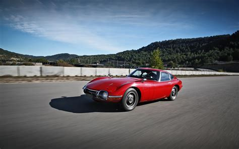 1968 Toyota 2000gt 1968 Toyota 2000gt Front Three Quarters In Motion 3 Photo 41