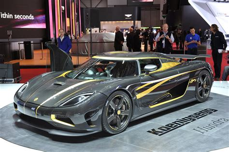Koenigsegg Agera S Hundra Is A Carbon Fiber And Gold Leaf
