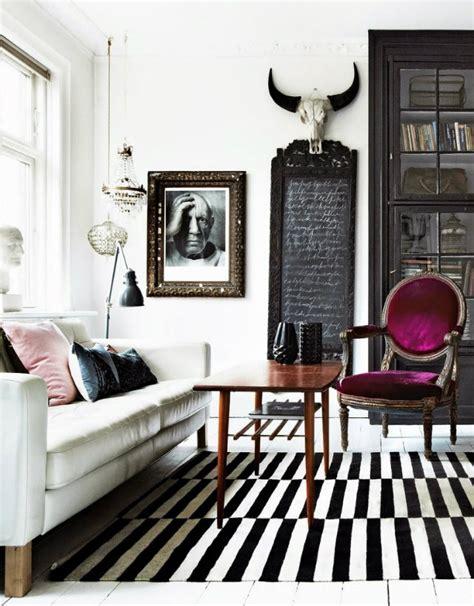 i love the purple striped wall bedrooms pinterest idea decorate with stripes inspiration ideas brabbu