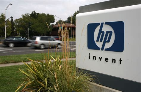 hp s chairman steps two directors to depart news