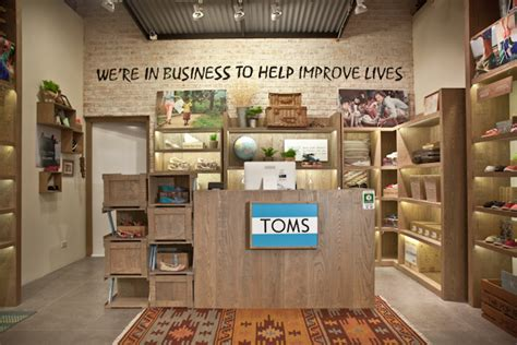 Shop For A Cause Toms Shoes by Hey Shoe Slackers Toms Opens Its Store In Bangkok