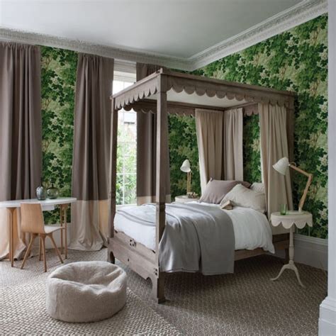 Bedroom Decorating Ideas With Four Poster Bed Forest Green Bedroom With Four Poster Bed Bedroom