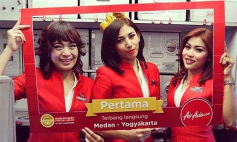 airasia indonesia pilot recruitment image gallery indonesia airasia stewardess