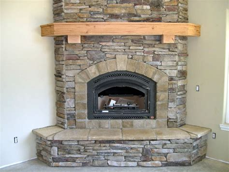 Fireplace Mantel Pieces by Corner Fireplace Mantels On Corner Fireplaces