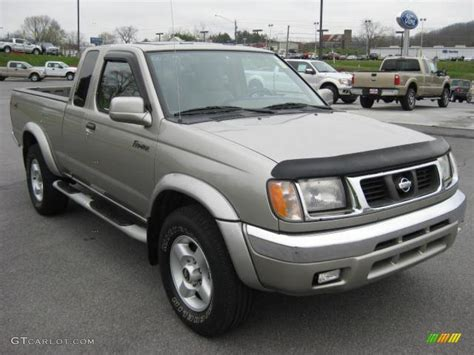 nissan 2000 4x4 2000 nissan frontier se v6 extended cab 4x4 exterior