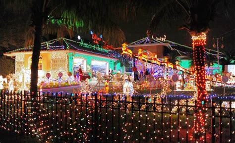plantation home s christmas lights annoy neighbors