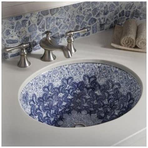 decorative bathroom sinks 17 best ideas about painting bathroom sinks on pinterest