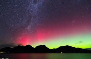 australia s southern skies light up with southern lights