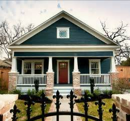 craftsman paint colors craftsman bungalow exterior color blue studio design