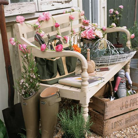 Small Garden Decorating Ideas Summer Outdoor Decorating On Porches Front Porches And Country Porch Decor