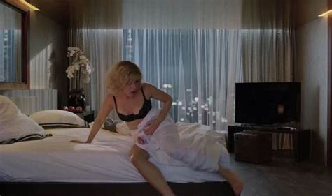 lucy 2014 time back scene youtube watch scarlett johansson in lucy luc besson s new action