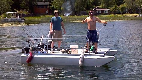 hotwoods boats hotwoods four pontoon design makes the 510 series mini