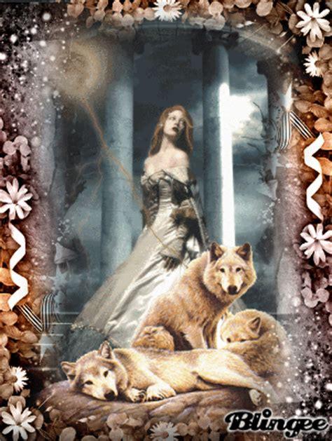 imagenes mujeres que corren con lobos mujeres que corren con los lobos picture 122774454