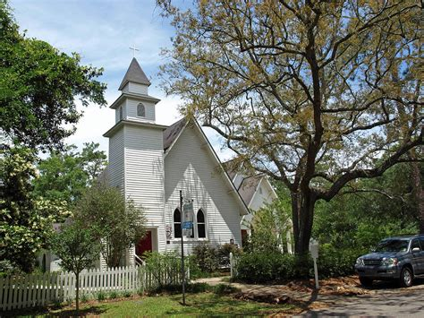 churches in mobile al