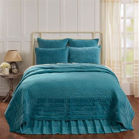 Teal Quilts by 25 Best Ideas About Teal Quilt On Quilt