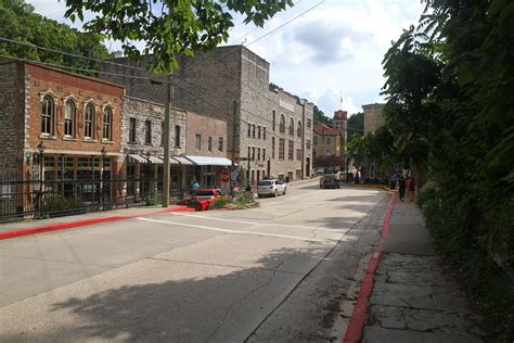 eureka springs ozarks arkansas  guides