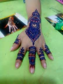 colored henna mehandi design pictures indian bridal makeup photos