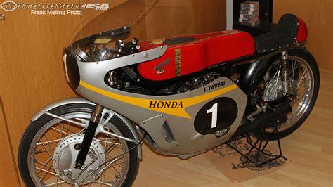 Motorrad Honda 50ccm Rennmaschine by What Makes A Bike Look Triumph Forum Triumph Rat