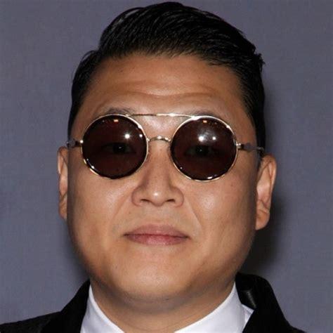 45 Latest Asian & Korean Men Hairstyles