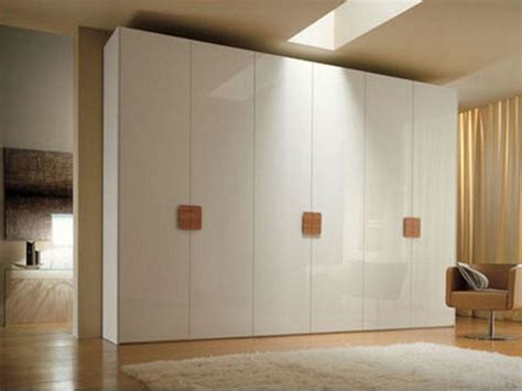 Wardrobe Desing by Walk In Wardrobe Designs Mgm Kitchens