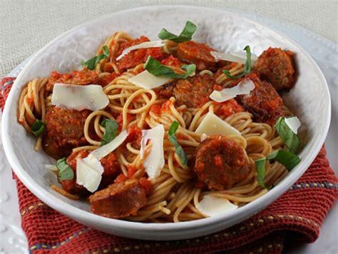 tomato basil sausage pasta sauce recipe with chickapea spaghetti with sausage and simple tomato sauce culinary