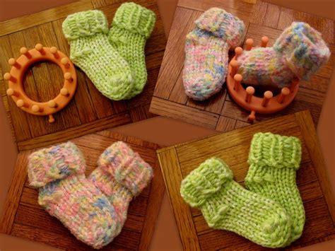 circle loom knitting best 25 loom knitting ideas on