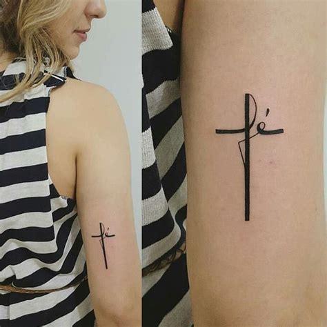 imagenes de tatuajes de una cruz en la muñeca cruz creada con la palabra f 233 otra forma de hacer un