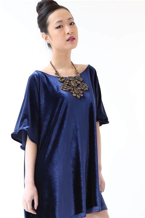 Minidress Fortuner look 2 royal blue velvet mini dress
