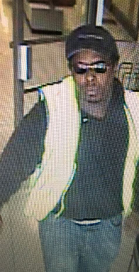 gander mountain maplewood maplewood mn seek id of tcf bank robbery suspect