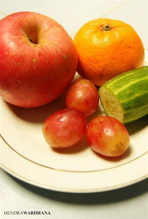 membuat infused water apel quot infused water quot cara segar meminum air putih dengan buah