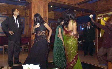 top dance bar in mumbai raid at 4 illegal dance bars in mumbai 60 rescued 80 held