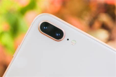 iphone   review cutting edge power   familiar design cnet