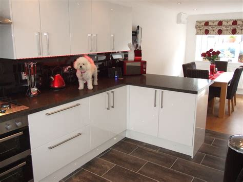 Dining Room Kitchen Knock Through Greenway 100 Feedback Kitchen Fitter Bathroom Fitter