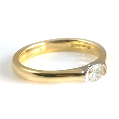 18ct yellow gold engagement ring from wrights