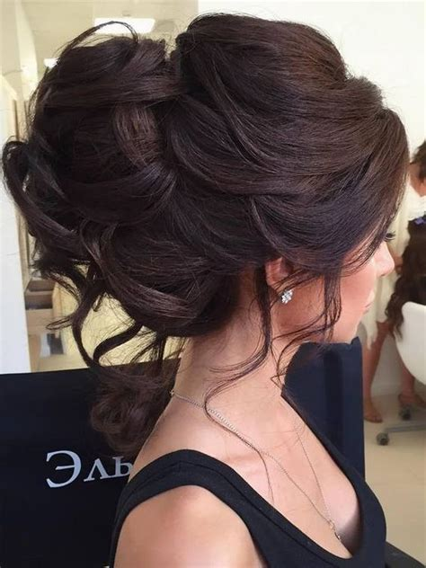 Wedding Hairstyles For Brown Hair by 10 Beautiful Updo Hairstyles For Weddings Classic