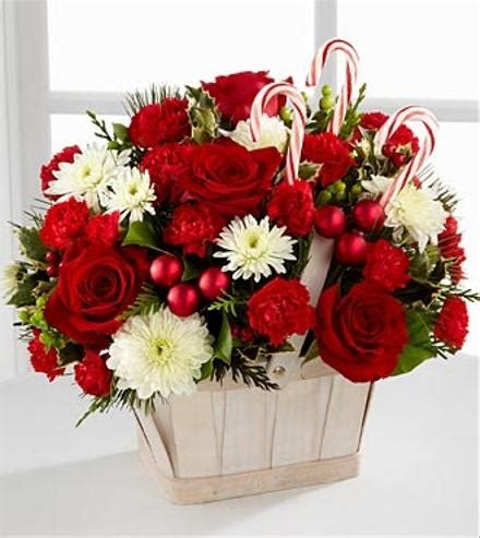 images of christmas flower arrangements the joy of the perfect christmas floral arrangement the